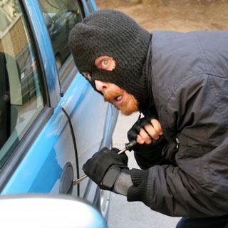 Угнанный в Уссурийске автомобиль нашли во Владивостоке