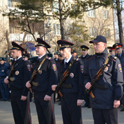 14 молодых сотрудников ОМВД приняли присягу в Уссурийске (7 фотографий)