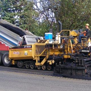 Почти 1,3 миллиарда рублей на ремонт приморских дорог