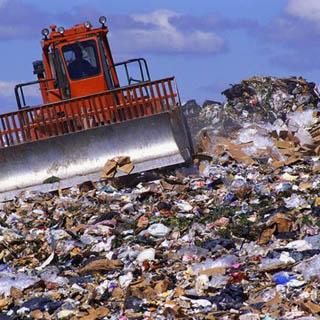 Более 100 тонн мусора вывезено с затопленного Уссурийска