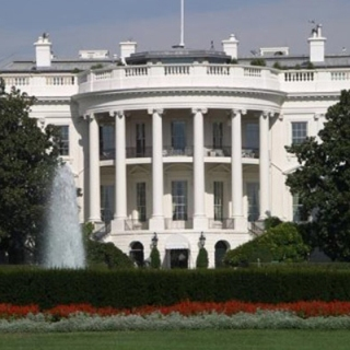 Парад пришел к Обаме: российские танки доехали до Белого дома