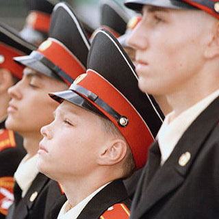 Уссурийское суворовское училище принято в систему МТО Минобороны РФ