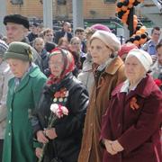 Митинг в честь Дня Победы в Уссурийске собрал более 500 человек (19 фотографий)