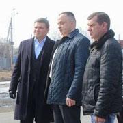 Глава администрации Уссурийского городского округа Евгений Корж начал инспектировать дороги, отремонтированные в 2015 году