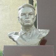 Памятник десантнику № 1 появился в Уссурийске (21 фотография)