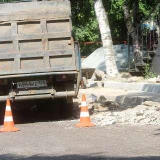 В Уссурийске продолжается ремонт дорог
